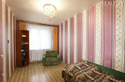 Продаётся светлая двухкомнатная квартира в пешей доступности станции метро Малиновка. Минск